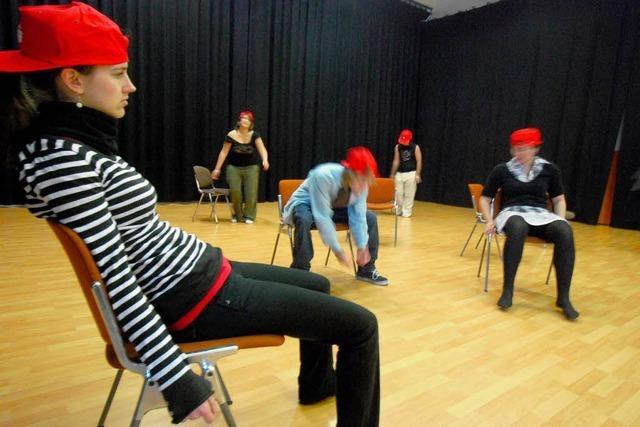 Fraktionen wollen Theatergruppe helfen