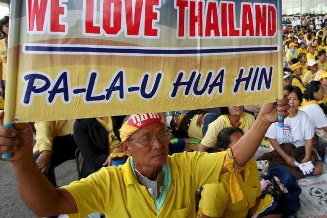 Bangkoks Flughafen besetzt – Krise spitzt sich zu