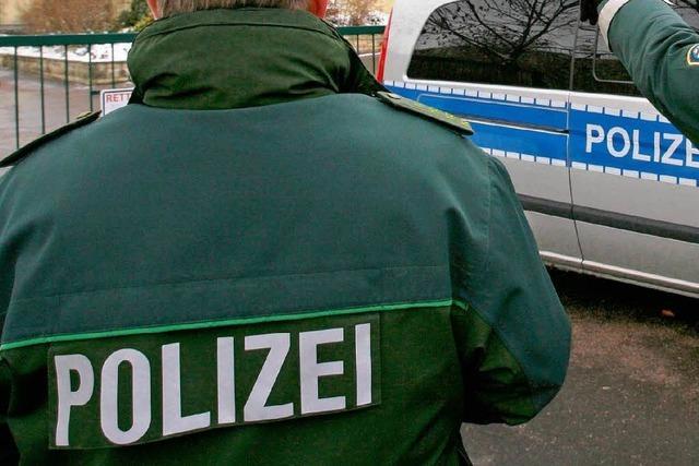 Polizei räumt Schule im Kreis Calw