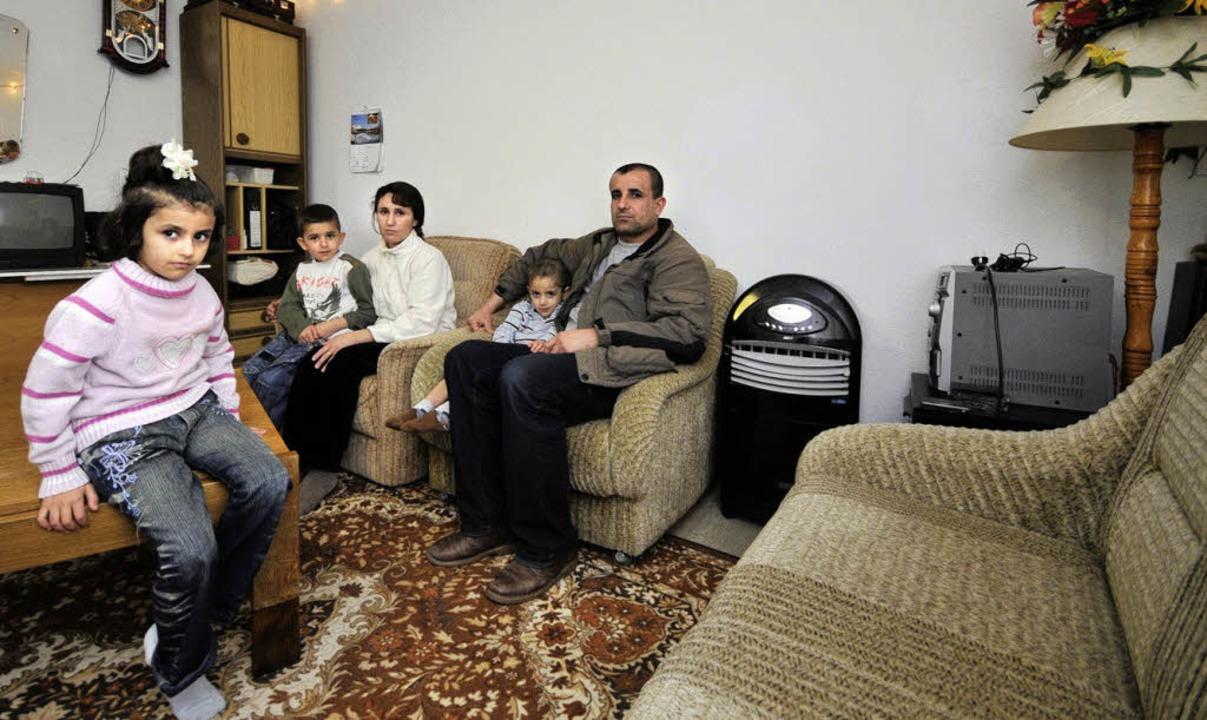 Drei Kinder fehlen: Zekra (5), Hassan ...allah, Ausam (3), Slieman Abdal Abbo.     Foto: schneider
