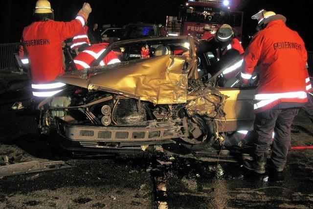 Fahranfänger stirbt bei Unfall
