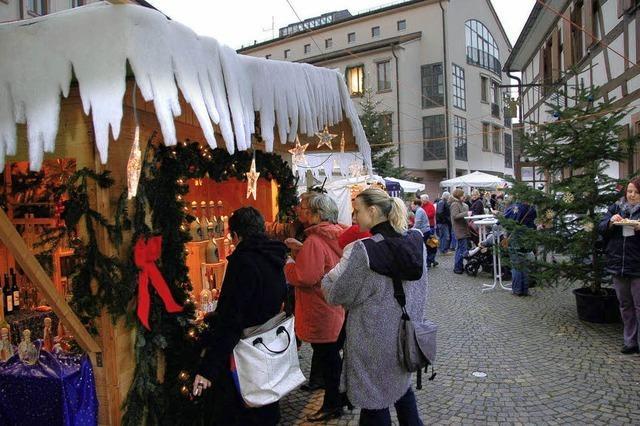 Glühwein, Weihnachtskrippen und Handwerkliches