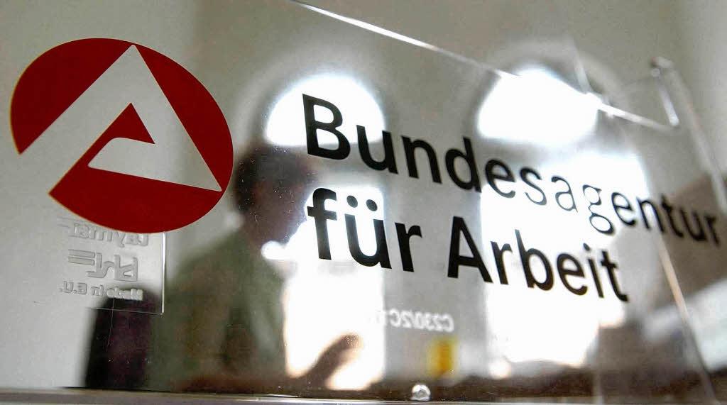 die arbeitslosenversicherung wird billiger deutschland. Black Bedroom Furniture Sets. Home Design Ideas