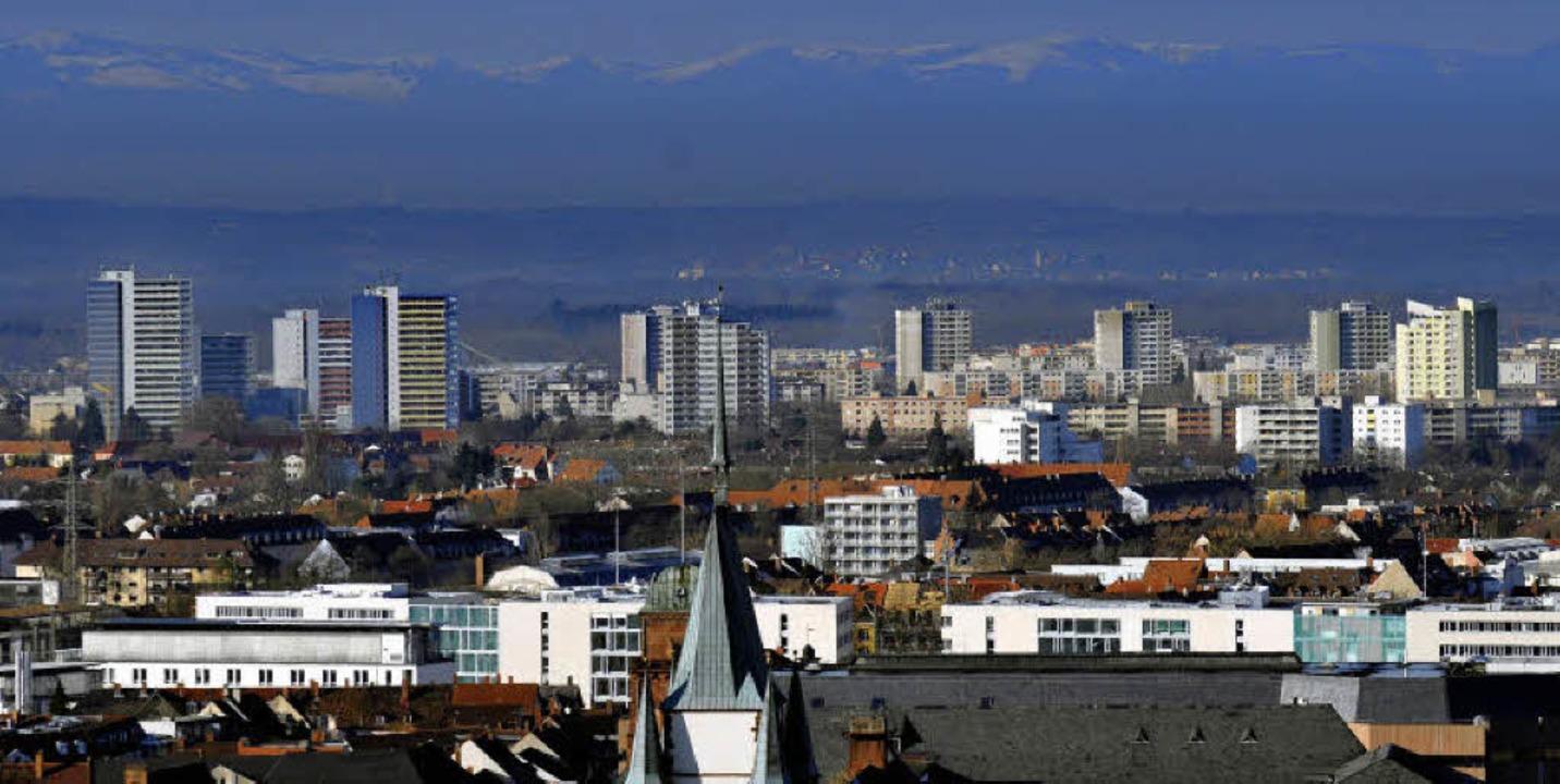 1,2 Prozent der vermarktbaren Wohnunge... Dabei wird der Mietmarkt immer enger.  | Foto: Ingo Schneider