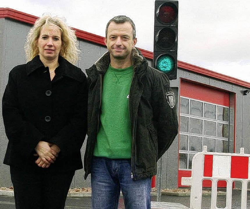 Christina und Frank Stubanus auf ihrem Betriebshof im Gewerbegebiet Orschweier.     Foto: dec