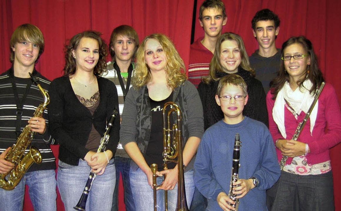 Ausgezeichnete Fahrnauer Jungmusiker (...und Daniela Wolf (Querflöte, Silber).   | Foto: Privat