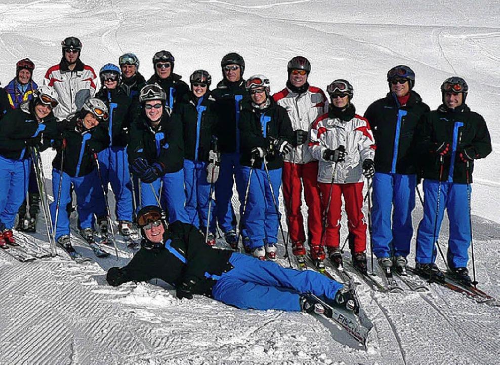 Übungsleiter des Skiclubs Rötteln im neuen Outfit   | Foto: BZ