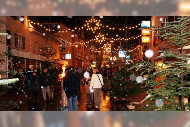 Die Weihnachtsstraße lud zum Flanieren