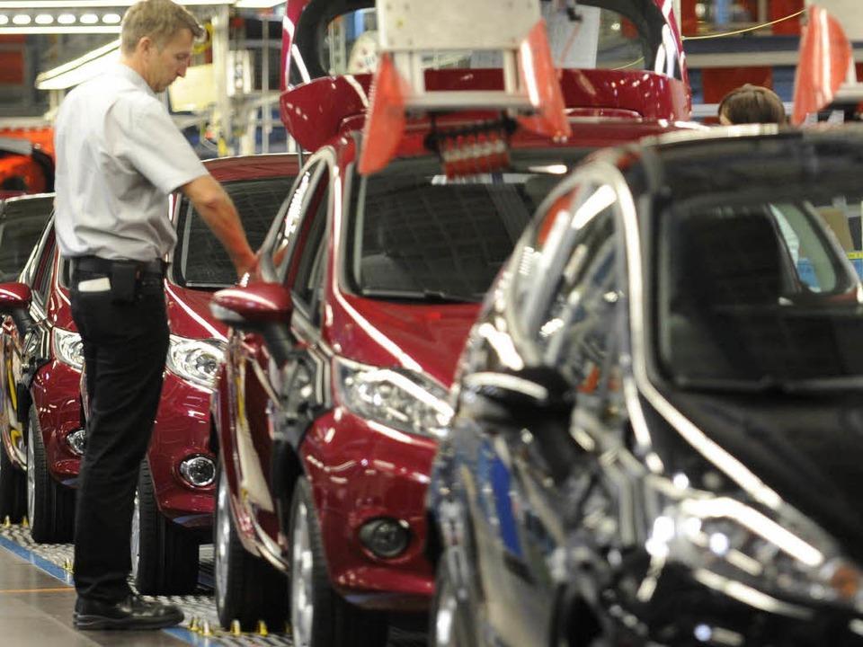 Wie wirkt sich das Scheitern des Rettu...e Werke aus wie hier auf Ford in Köln?    Foto: ddp