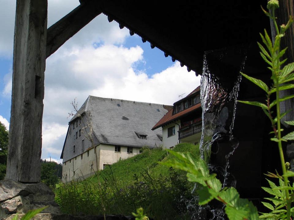 Ein Idyll, das  keines war: Der alte Urishof vor dem Abbruch.    Foto: Thomas Winckelmann
