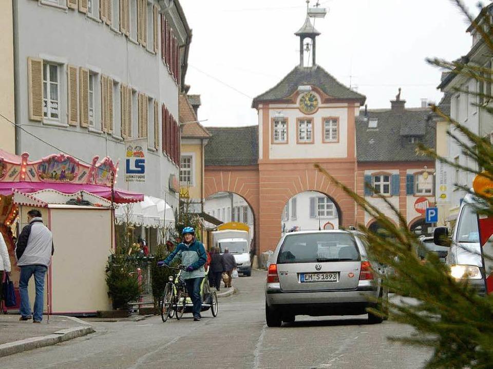 Die Autos sollen spätestens im Sommer ...nnenstadt von Emmendingen verschwinden  | Foto: Marius Alexander