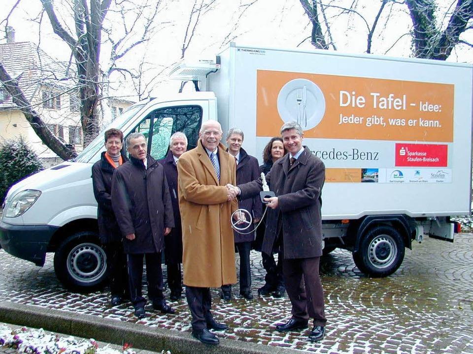 <Bildtext>Der Leiter der Mercedes-Benz...r weiteren Hauptsponsoren. </Bildtext>    Foto: Manfred Burkert