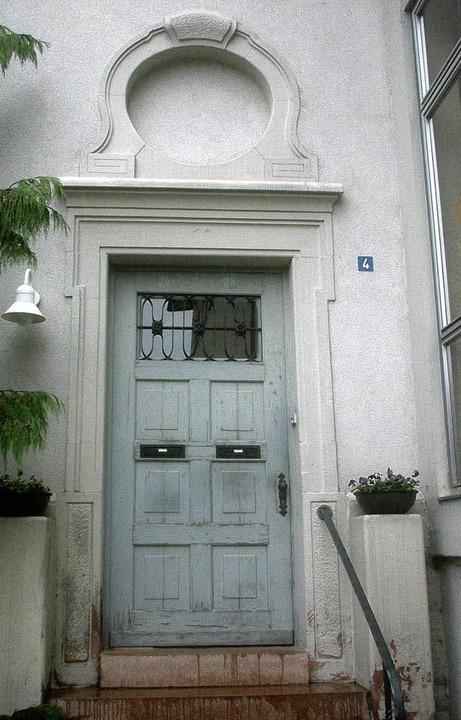 Dringend erneuerungsbedürftig: die alt...ehrerwohnung in der Nordweiler Schule.  | Foto: Reiner Merz