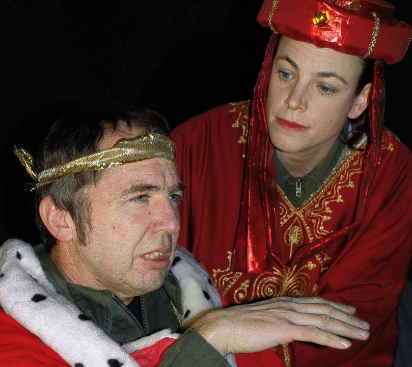 Kabarettistisches Weihnachtstheater: R...Herodes und seine Schwägerin Herodia.     Foto: Maja Tolsdorf