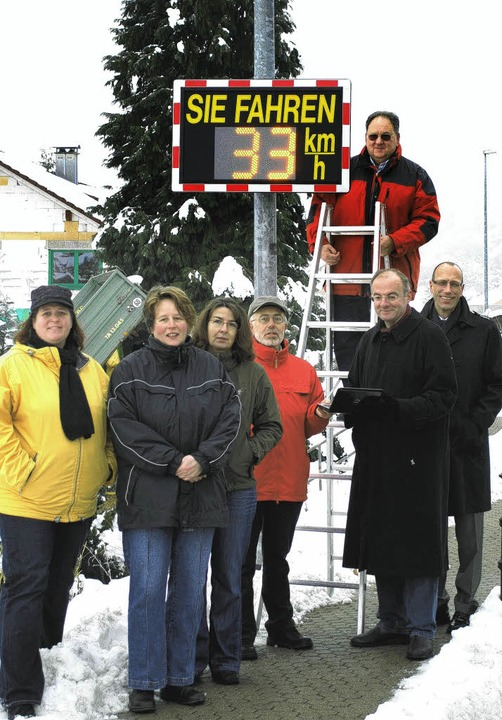 <Bildtext>Die Verkehrswacht spendete d...ermeister Martin Weissbrodt</Bildtext>  | Foto: susan bersem