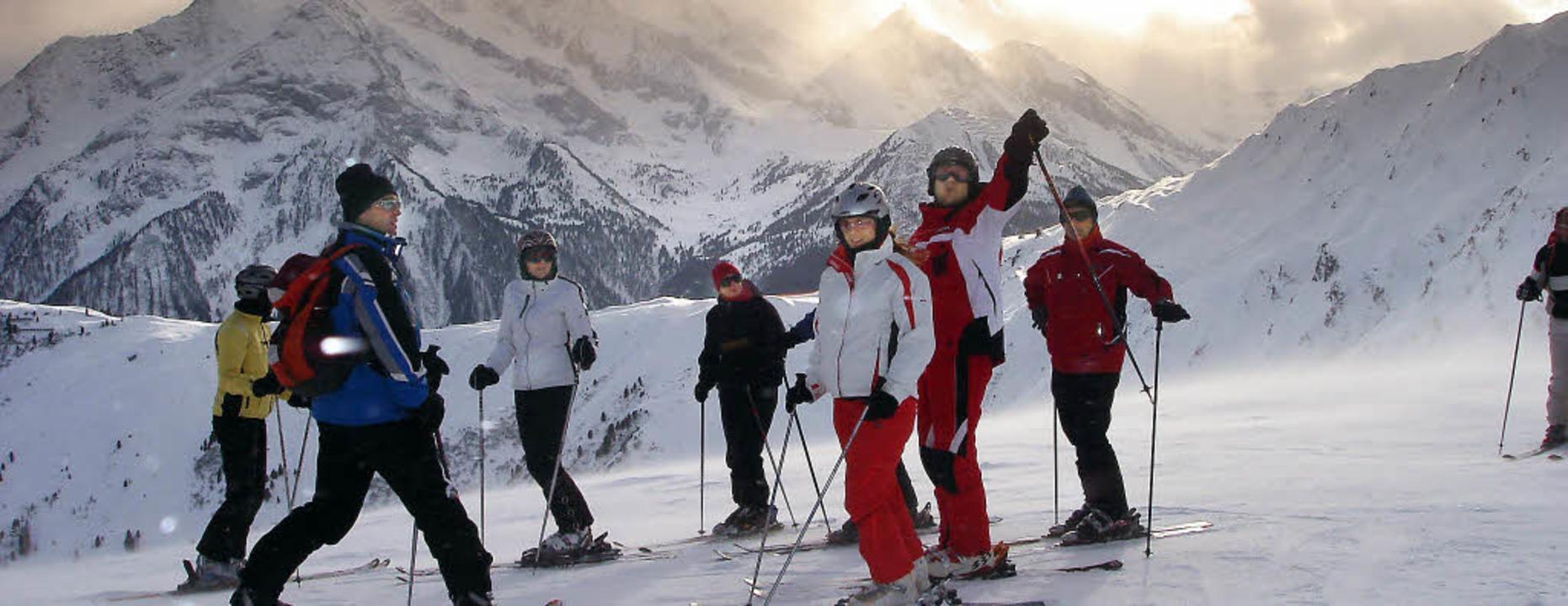 Ein Höhepunkt im Vereinsjahr war erneut  das Ski-Opening in Hintertux.   | Foto: privat