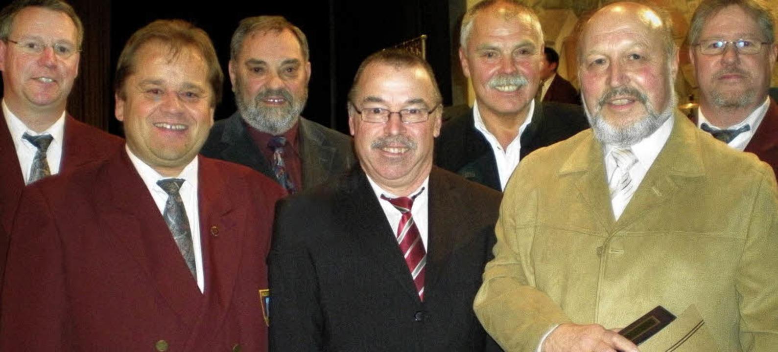 Geehrte beim MV Herten: Markus Häbig, ...und  Andreas  Kruppke (Vorsitzender)      Foto: Chris Rütschlin