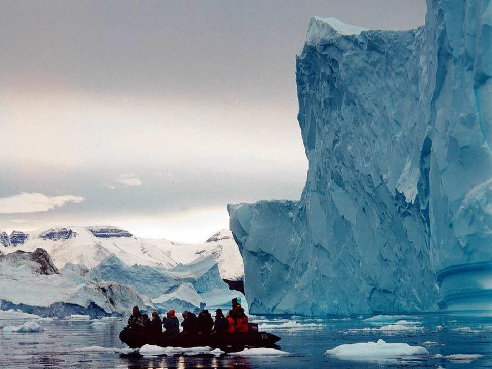 Noch sind manche Eisberge riesig.  | Foto: dpa