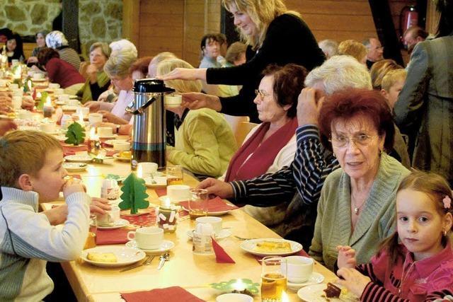 Kaffee und Krippenspiel für Oma und Opa