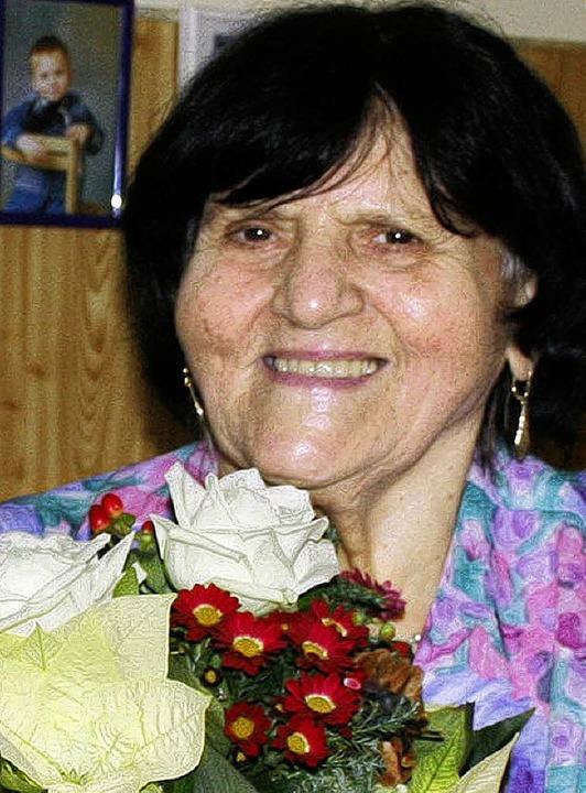 Zum 80. gab es Blumen vom Bürgermeister: Elfriede Fleischer.    Foto: ULH