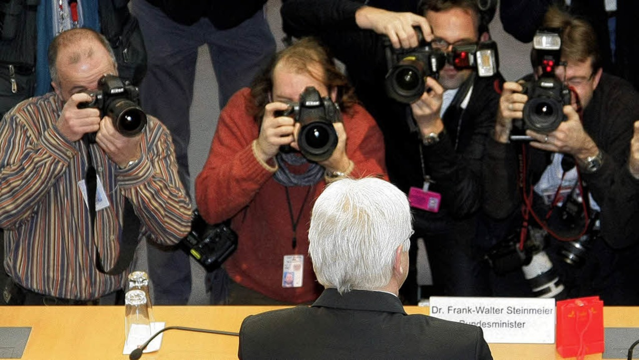 Ein prominenter Zeuge: Außenminister S...er vor dem BND-Untersuchungsausschuss   | Foto: dpa