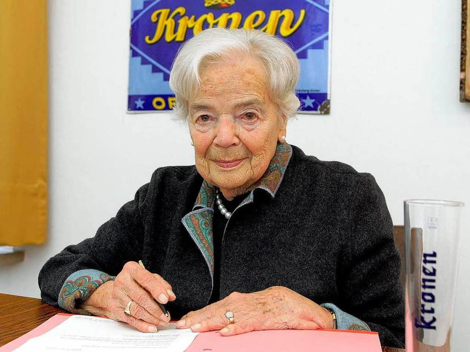Johanna Nitze im Alter von 90 Jahren. ... sie im Alter von 92 Jahren gestorben.    Foto: Peter Heck