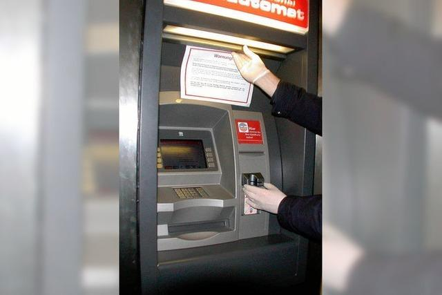 Sparkassen-Automaten wieder am Netz