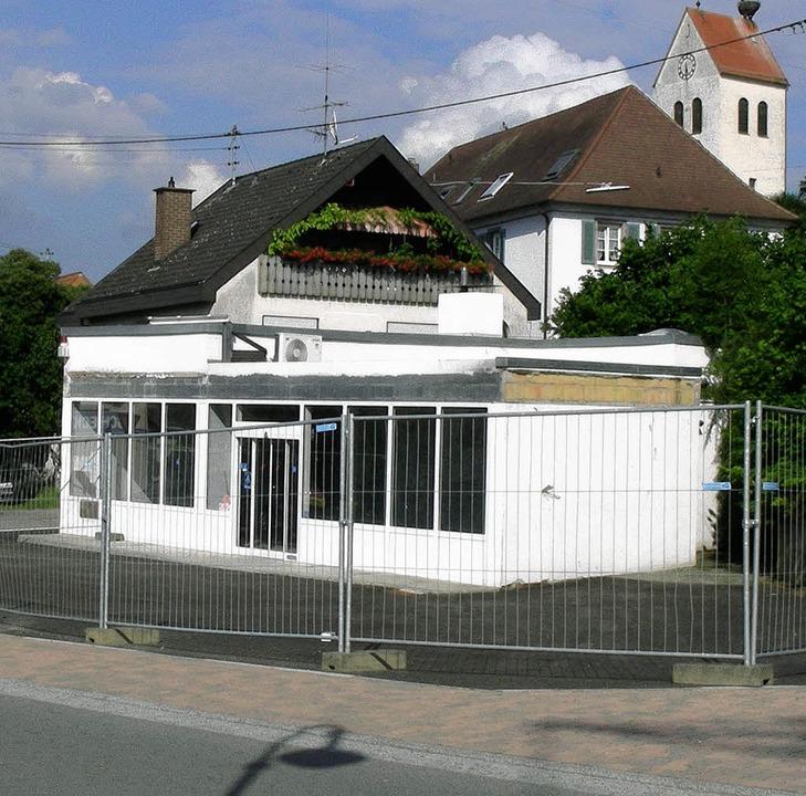 Die ehemalige Tankstelle wird im komme...ie Geschäftsstelle der WG beherbergen.  | Foto: Mario Schöneberg