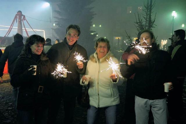 Feiern mit Blitzeis und Pulverdampf