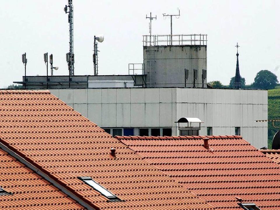 Nur noch an drei Standorten  soll es Mobilfunkanlagen geben.    | Foto: münch