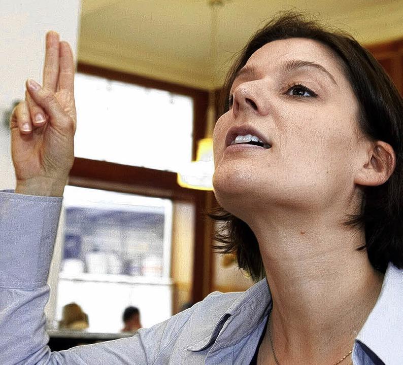 Wer was zu sagen hat, sollte sich zu W...t eine trainierte Stimme   Nachdruck.     Foto: Stimme.At