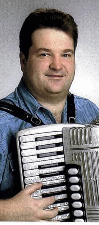 Gottfried Hummel  ist ein erfolgreicher Akkordeon-Komponist und Arrangeur.   | Foto: Dieter Maurer