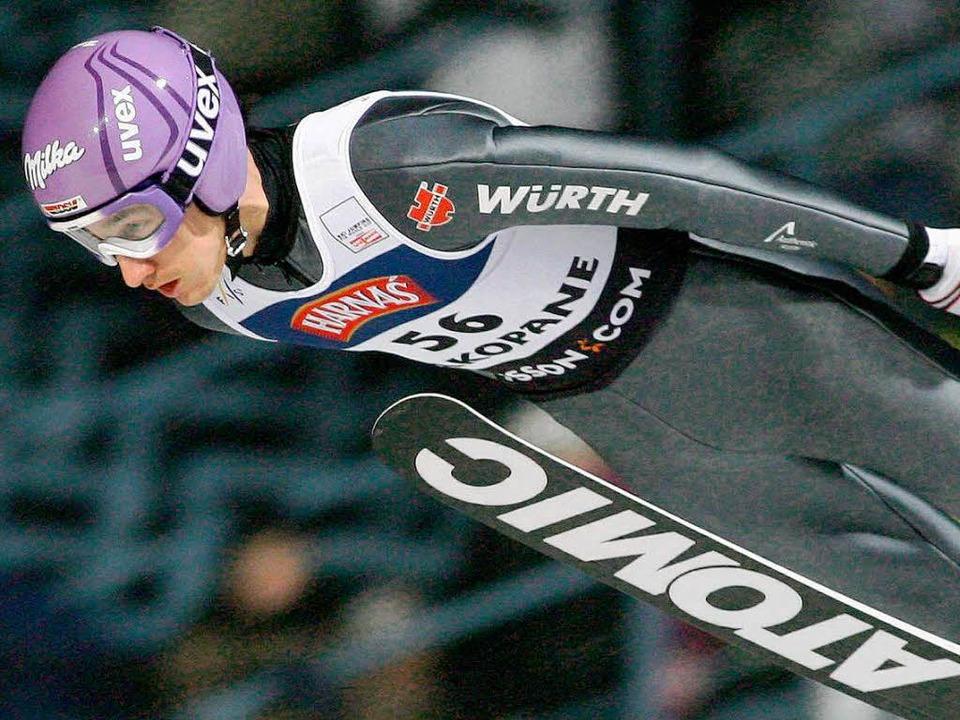 Martin Schmitt beim Wettbewerb in Zakopane.  | Foto: dpa