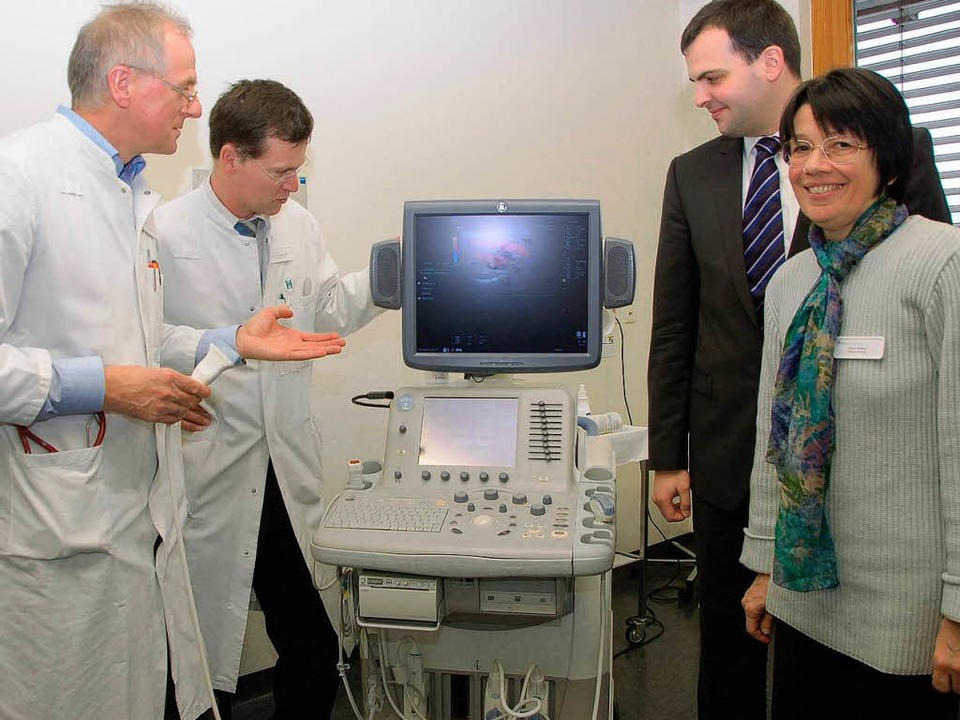 Chefarzt Bernhard Walter, Ärztlicher D...egedienstleiterin Sylvia Mehler (v.l.)  | Foto: Agnes Pohrt