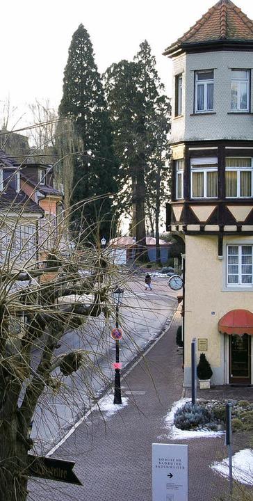 Beste Qualität hat die Luft in Badenwe...ur beim Haus der Gesundheit (rechts).     Foto: Umiger