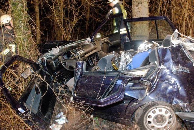 Unfall fordert zwei Verletzte