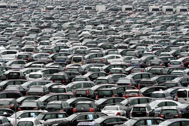 Chrysler rettet sich in die Arme von Fiat