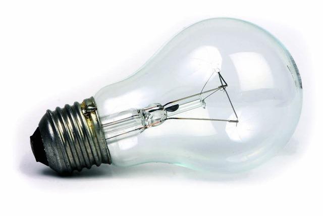 Glühlampe raus, Energiesparlampe rein