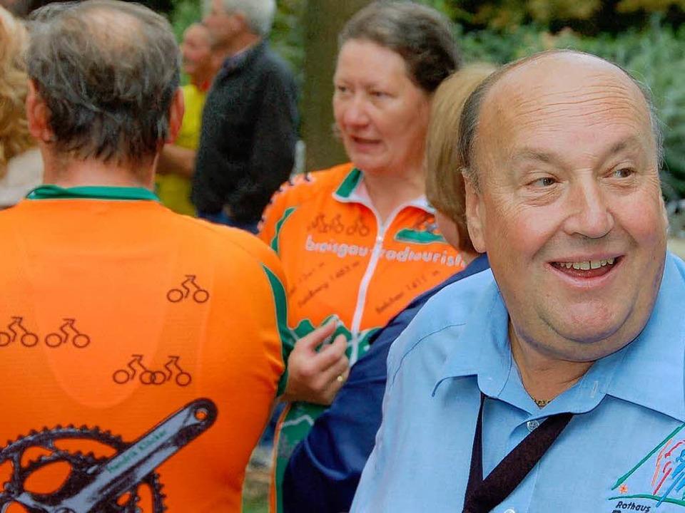 Hat wieder Grund zur Zuversicht: Regio-Tour-Organisator Rudi Renz (rechts).  | Foto: Bernd Michaelis