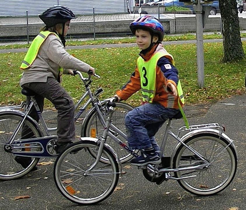 Wer auf der Straße fahren will, muss richtig abbiegen können.     Foto: Privat