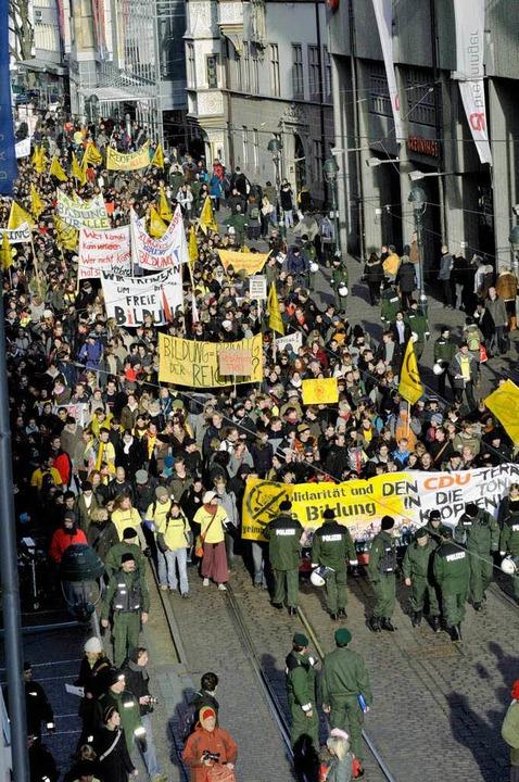 Studenten-Demo in der Kaiser-Joseph-Straße.    Foto: Ingo Schneider