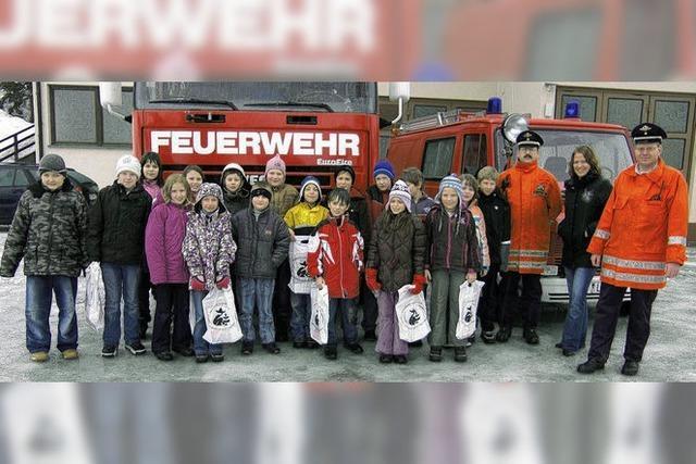 Feuerwehr war Thema im Unterricht der Viertklässler