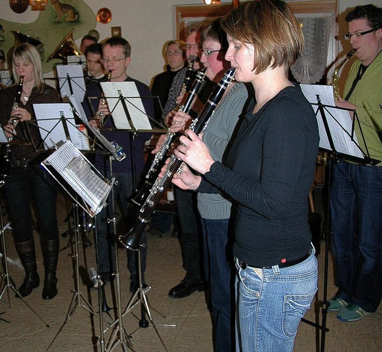 Auch in  der Jahreshauptversammlung de...fte natürlich die Musik nicht fehlen.   | Foto: Vera Winter