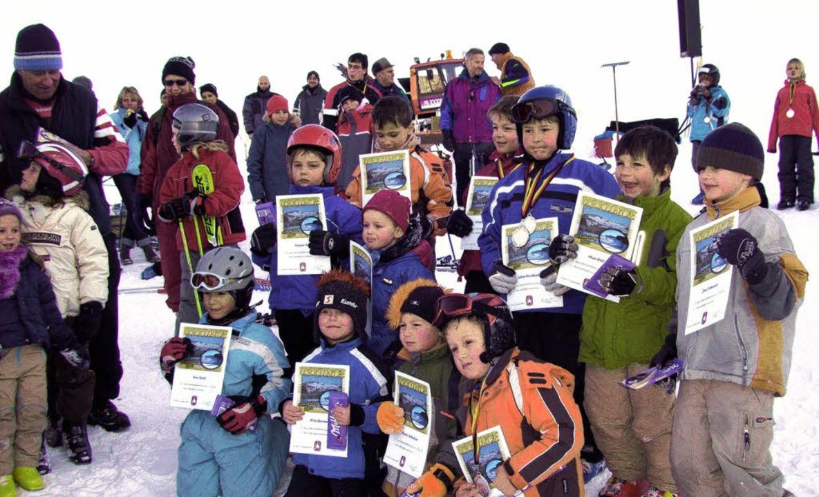 St. Peters Skinachwuchs freute sich über Urkunden und Medaillen.   | Foto: privat
