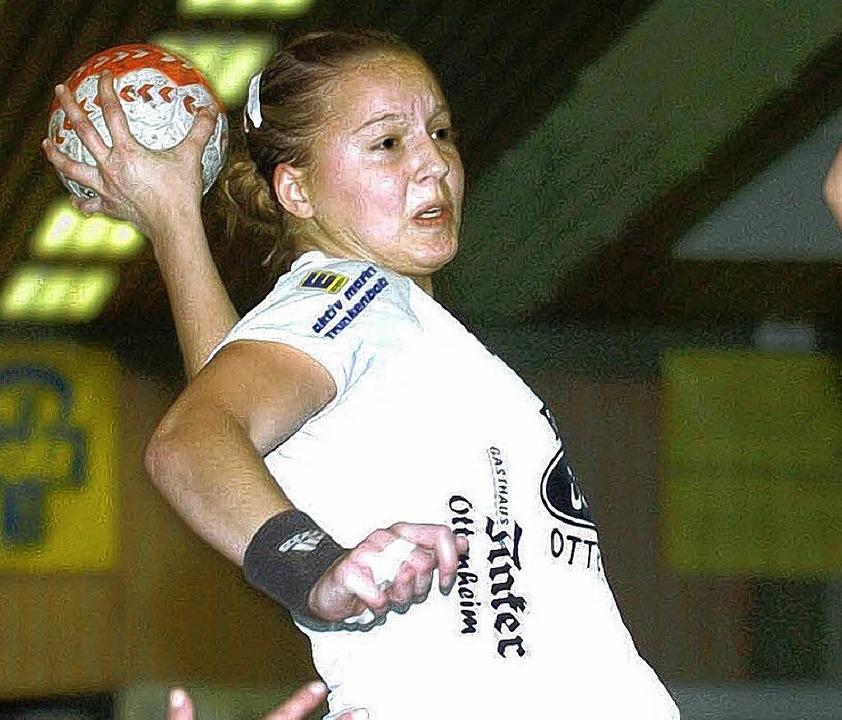 Tatjana Karkossa trägt wieder das TuS-Trikot.   | Foto:  W. Künstle (A)