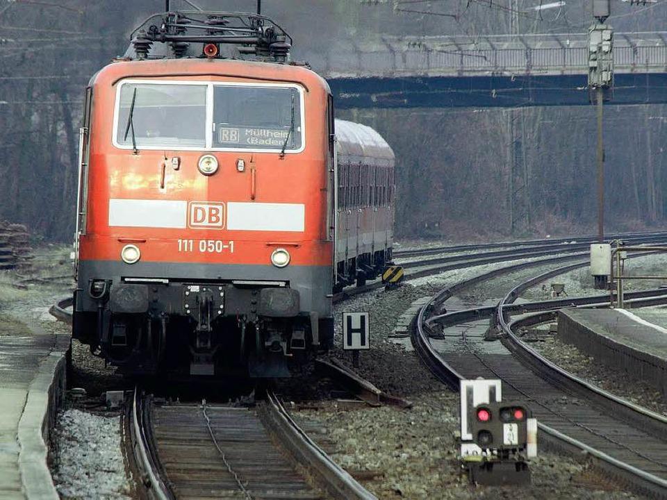 Wohin geht die Reise beim Ausbau der R...ei der Einfahrt in den Bahnhof Riegel.    Foto: Martin Wendel