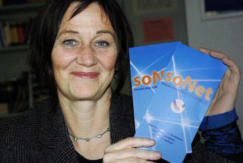 Anette Lampe vom Stadtteil- und Famili...r das Angebot von Sonet informieren.    | Foto: Gertrude Siefke