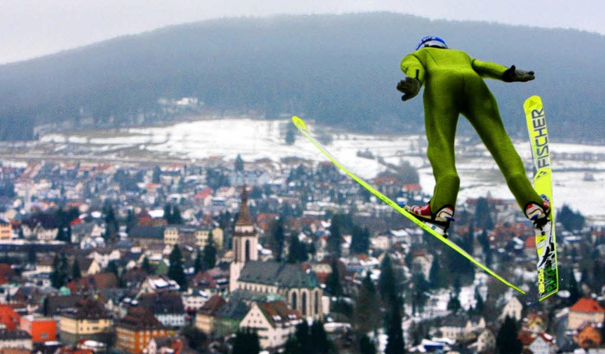 Abheben mit Blick aufs Neustädter Müns...stag und Sonntag im Schmiedsbachtal an  | Foto: seeger