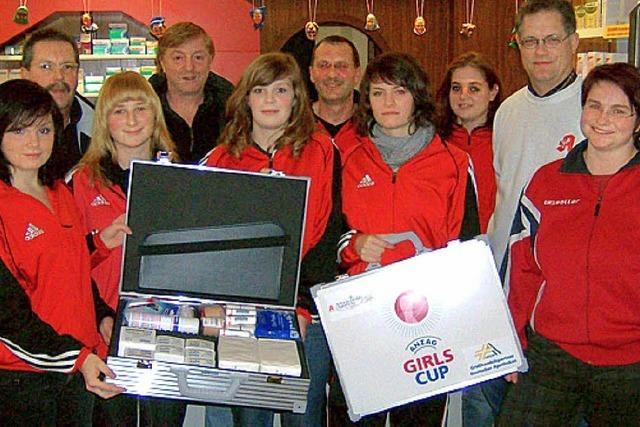 Mädchenteams des TuS beim Girls' Cup 2009
