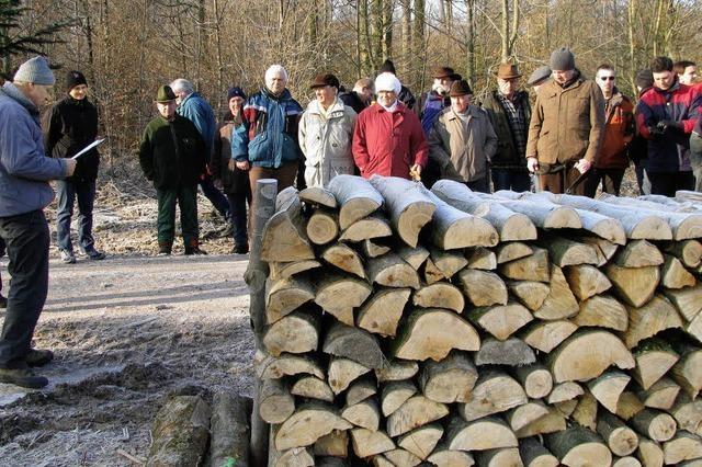 Brennholz begehrt: Es muss noch nachgeliefert werden